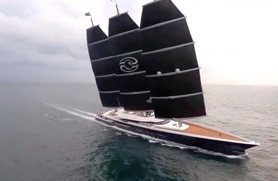 WordlessTech Oceanco 106m Black Pearl