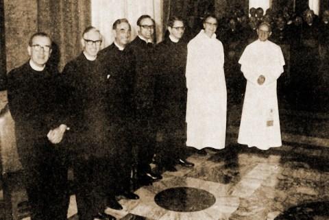 Paul VI et les 'Observateurs protestants' qui ont participé aux discussions sur la 'Réforme liturgique'.