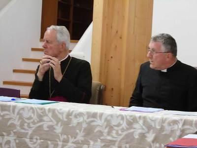 Mgr Williamson et l'abbé de Mérode