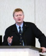 Dr. Peter Hammond