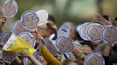 Viva il buffone Papa Francesco !