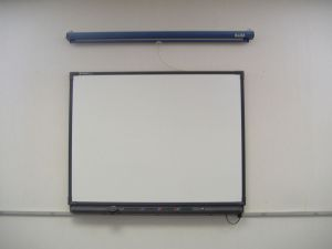 1024px-Smart_Board_in_a_classroom