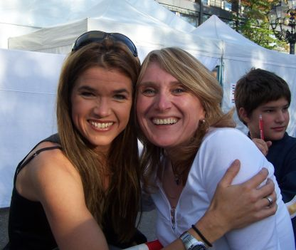 ..the same procedure as every year;-) Meeting the 'queen of comedy' again at the SWR3 New Pop Festival, September, 20th 2007. She recognized me again and believe me - is extremely funny and friendly even if there is no camera and media!