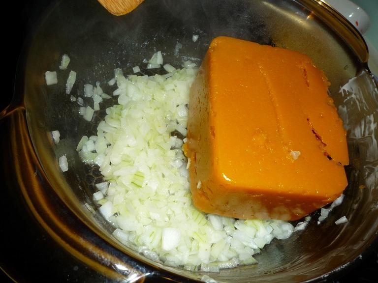 《食譜》簡單易上手 不用果汁機也能煮南瓜濃湯 – 真真來下廚
