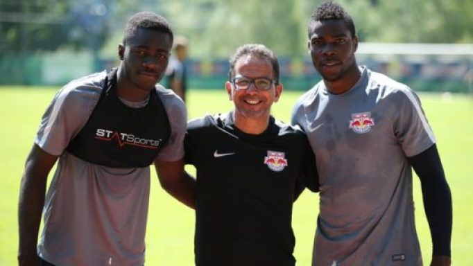 LEOGANG,AUSTRIA,29.JUN.16 - SOCCER - tipico Bundesliga, Red Bull Salzburg, training camp. Image shows Dayot Upamecano, Meslour and Zigi Laurenz (RBS). Photo: GEPA pictures/ Harald Steiner - For editorial use only. Image is free of charge.