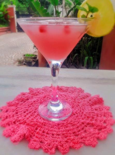 Pomegranate Iced Tea Recipe Featured Image