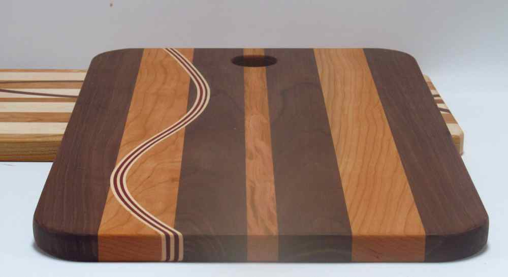 Curved Inlay Cutting Board