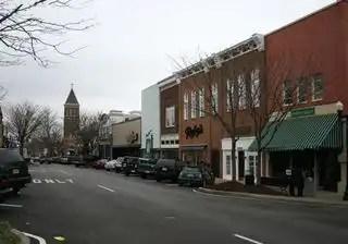 800px-Downtown_murfreesboro9741
