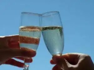 celebration_champagne_cheers_240063_l