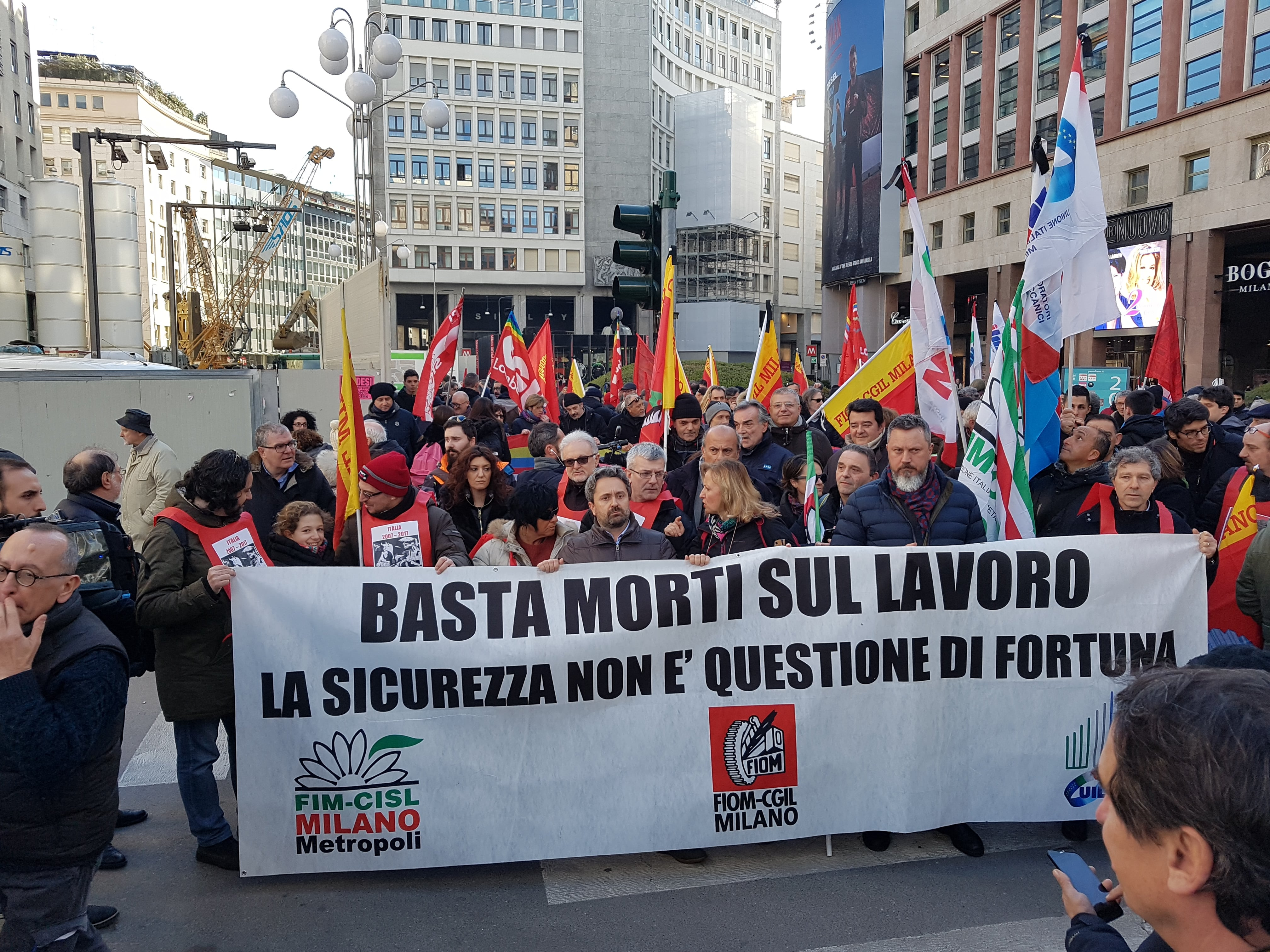 """Italian metalworkers demand: """"No more deaths at work!"""""""