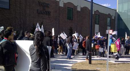 Education Workers at York University Rally for a Fair Deal