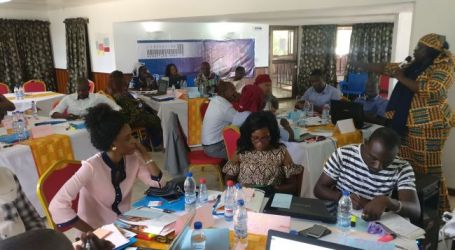 Young Senegalese and Ivorian teachers come together for quality education and effective trade unions : Education International