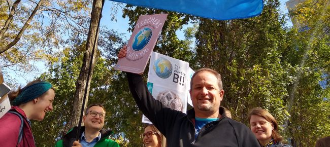 Teachers join global protest action for climate justice