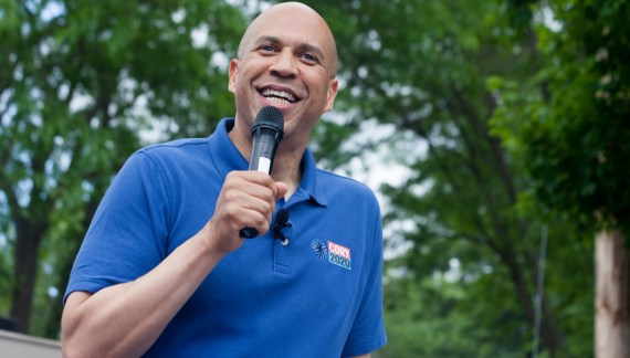 Cory Booker drops out of Democratic 2020 race