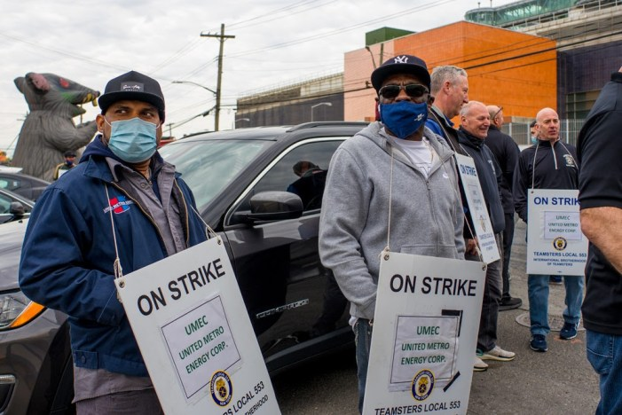 Brooklyn Fuel Workers Strike for First Teamster Contract