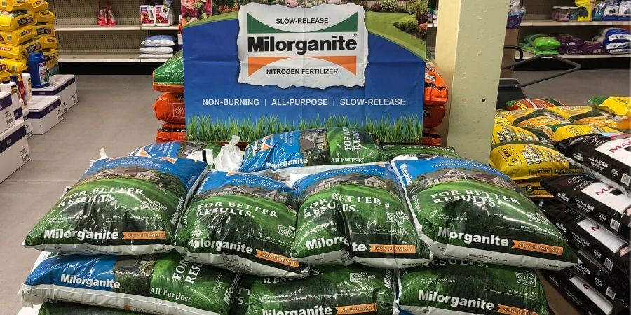 Can You Use Milorganite With Other Fertilizers?