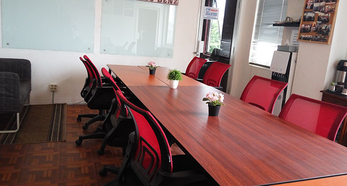 Workout Coworking Space Jakarta Meeting Room 1 Daily Weekly Monthly Large