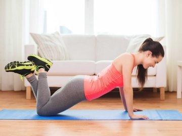 Easy no-equipment Home workouts for women