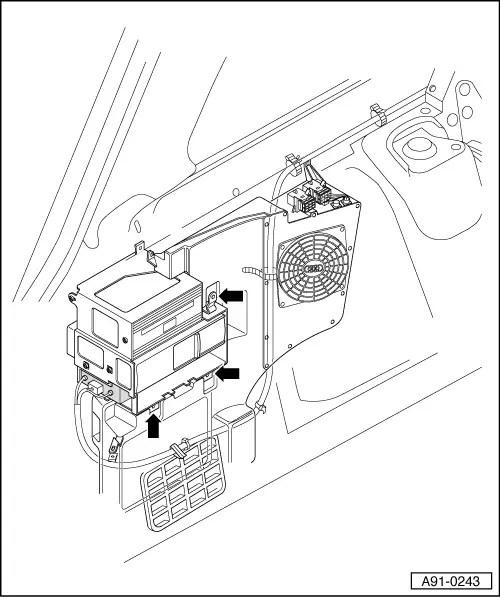 Audi Workshop Manuals > A4 Mk1 > Vehicle electrics > Radio
