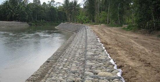 Harga Kawat Bronjong Per Meter Untuk Sungai