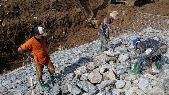 Teknis Pelaksanaan Pemasangan Bronjong Sepadan Sungai