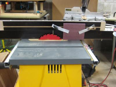 Using my router table fence for resawing