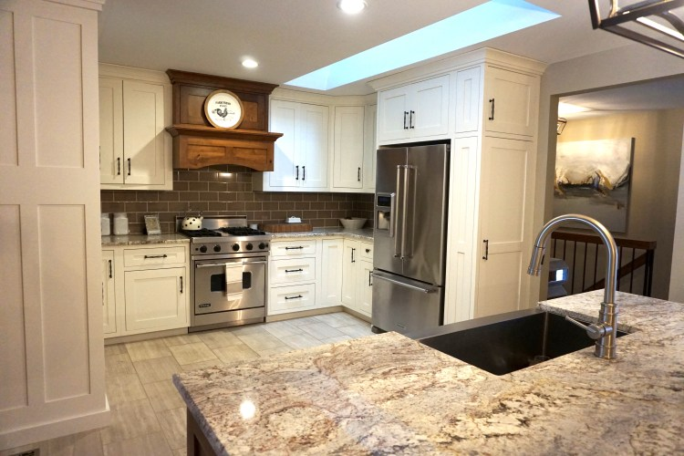 Our Kitchen Renovation Reveal – Contemporary Craftsman
