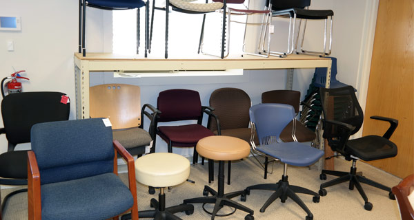 office tables and chairs images on wheels for elderly used furniture fort wayne indianapolis warsaw desk table