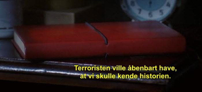 Notesbog på natbordet i V for Vendetta