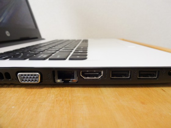 HP 14-ac000 Review 013