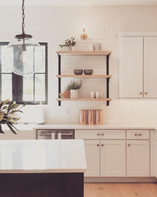 wyc_lundev_farmhouse_kitchen