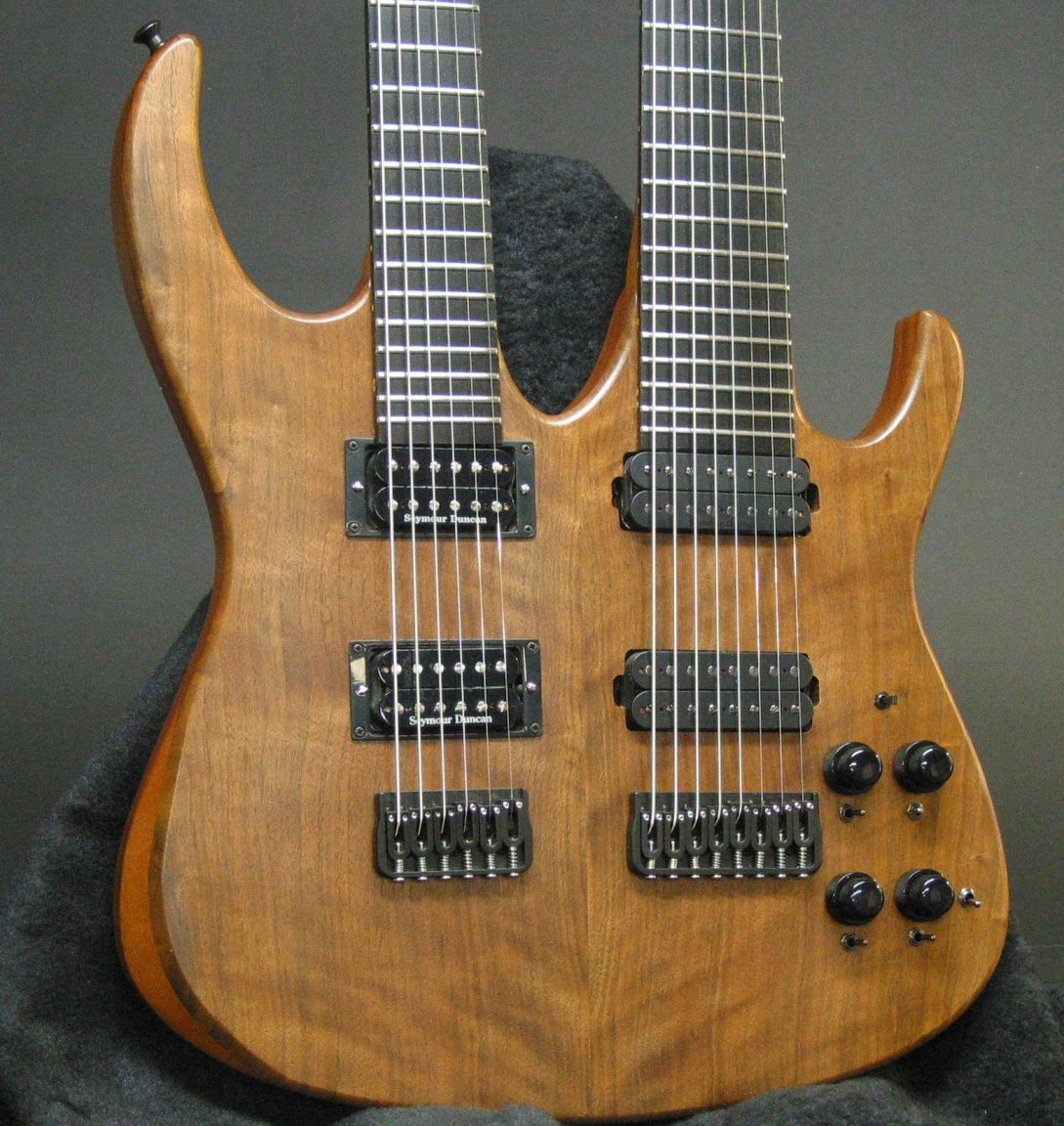 hight resolution of the completed double neck top