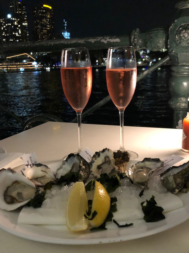 Where to Eat in Sydney: Oysters and sparkling wine at the Sydney Cove Oyster Bar
