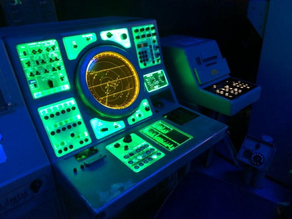 Virtual Tour of San Diego:  Radar display inside the U.S.S. Midway