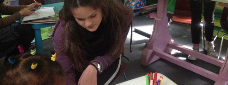 Students Organize Workshops for Refugee Children