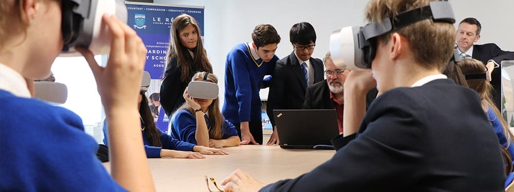 Lé Regent College Develops Its Partnership With The World VR Forum (WVRF)