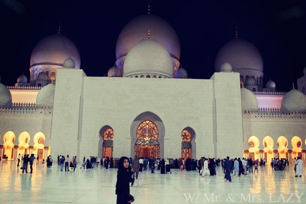 モスク入場
