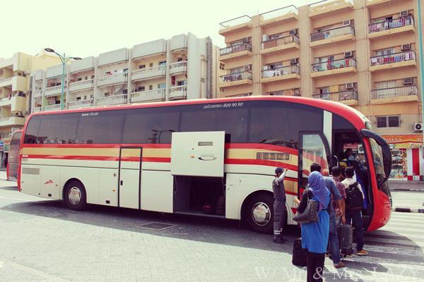 アブダビ行きバス
