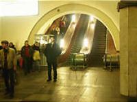 モスクワ市内の地下鉄のエスカレータ