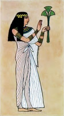 Ancient Egypt Priestess costume. How to wear ancient Egypt costumes.