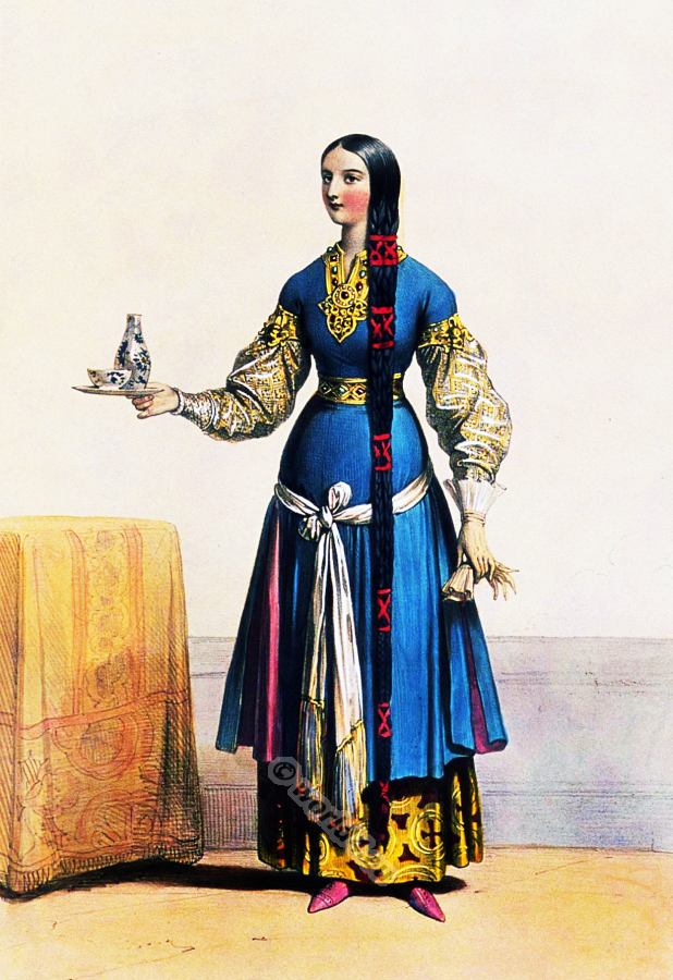 Medieval Maid of honor clothing. Gothic fashion. French merowingian middle ages costume.