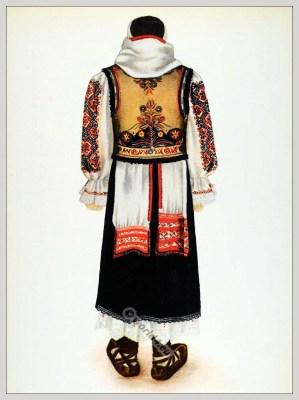 Tărancă din Hunedoara, Transilvania. Alte Tracht aus Eisenmarkt in Siebenbürgen.