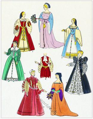 Renaissance gowns design. Élégantes. 16th century fashion.