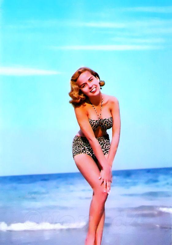 Vintage Bandeau Bikini 1960s Marilyn Style