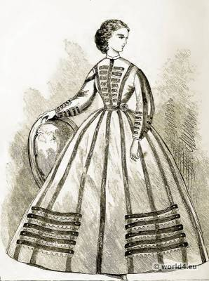 Victorian Crinoline Costume. The Corset and the Crinoline fashion. Farthingale.