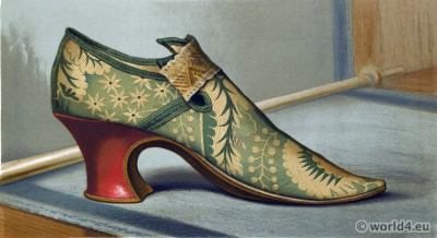 16th century tudor shoe. Renaissance fashion period. Vintage High Heels. Boho style.