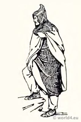 Frankish Merovingian tunica, bracco, cloak, cucullus or hood. Middle ages clothing. 4th century