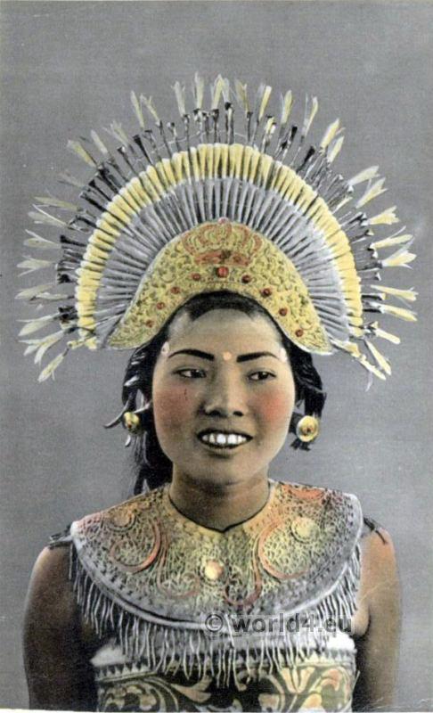 Balinese Djanger Dancer Girl. Traditional Indonesia Costume. Native Bali dress