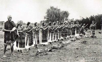 Traditional Maori Poi Dance. New Zealand folk costumess
