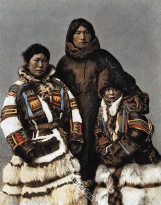 Island Novaya Zemlya clothing. Samoyedic traditional clothing. Laps dress.